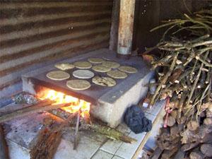 Desarrollo sostenible - Estufas de lena para cocinar ...